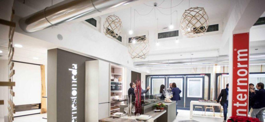 Arredo Showroom nuovo punto vendita Morgante Iolanda